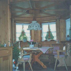 wohnzimmer tischecke tischlerei